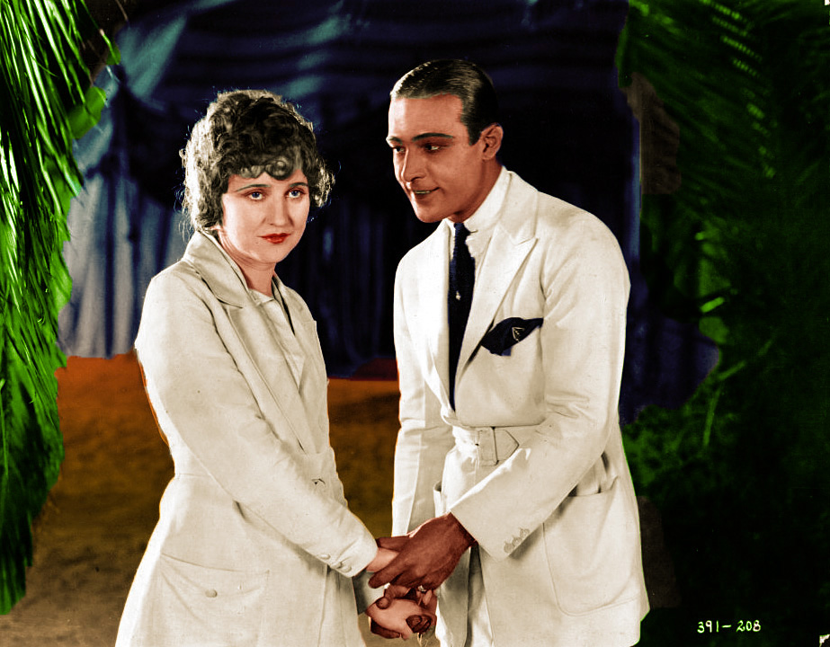 On the Set with Rudolph Valentino (6/6)