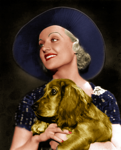 Carole Lombard and Dog 1932_edited-Final