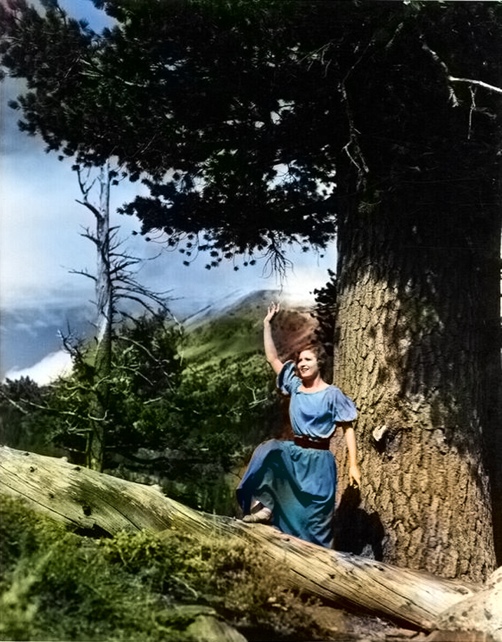 Lois Wilson 1923 Color FINAL_edited-2